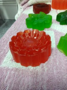 домашнее мыло из кулинарных-роза