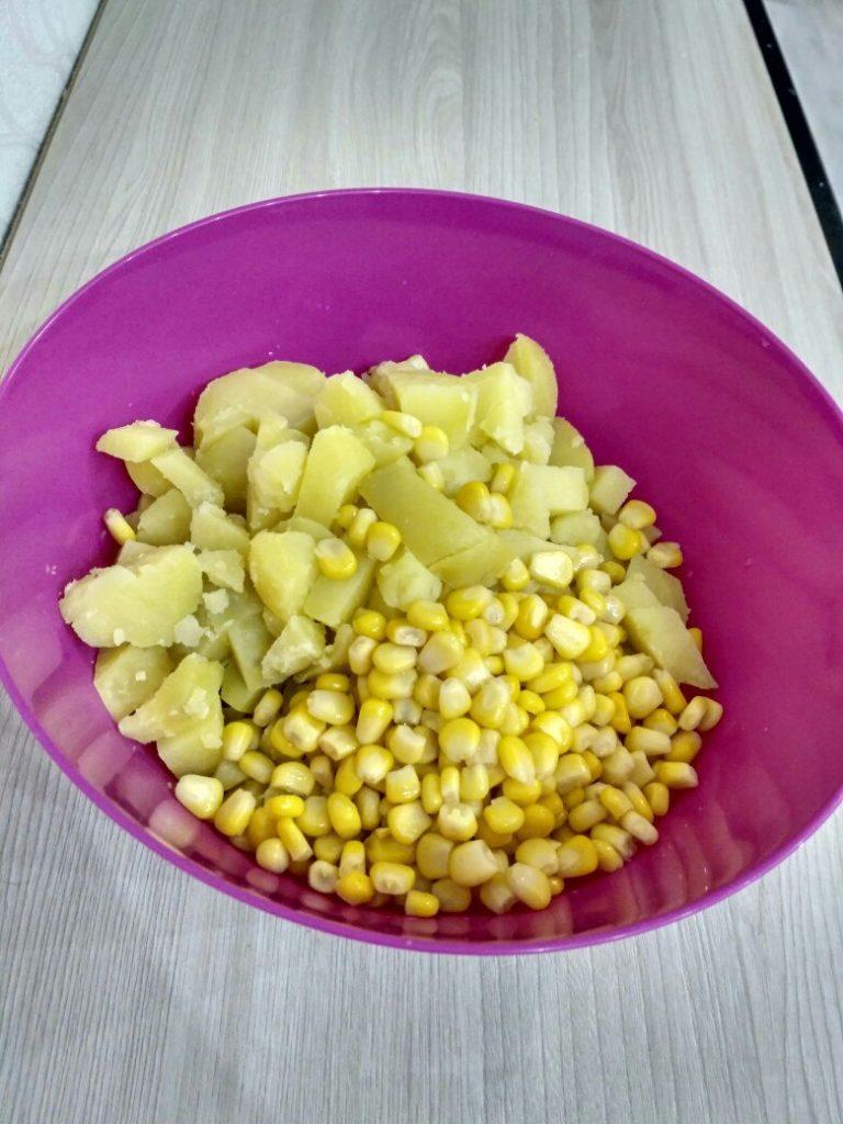 кукуруза с картошкой